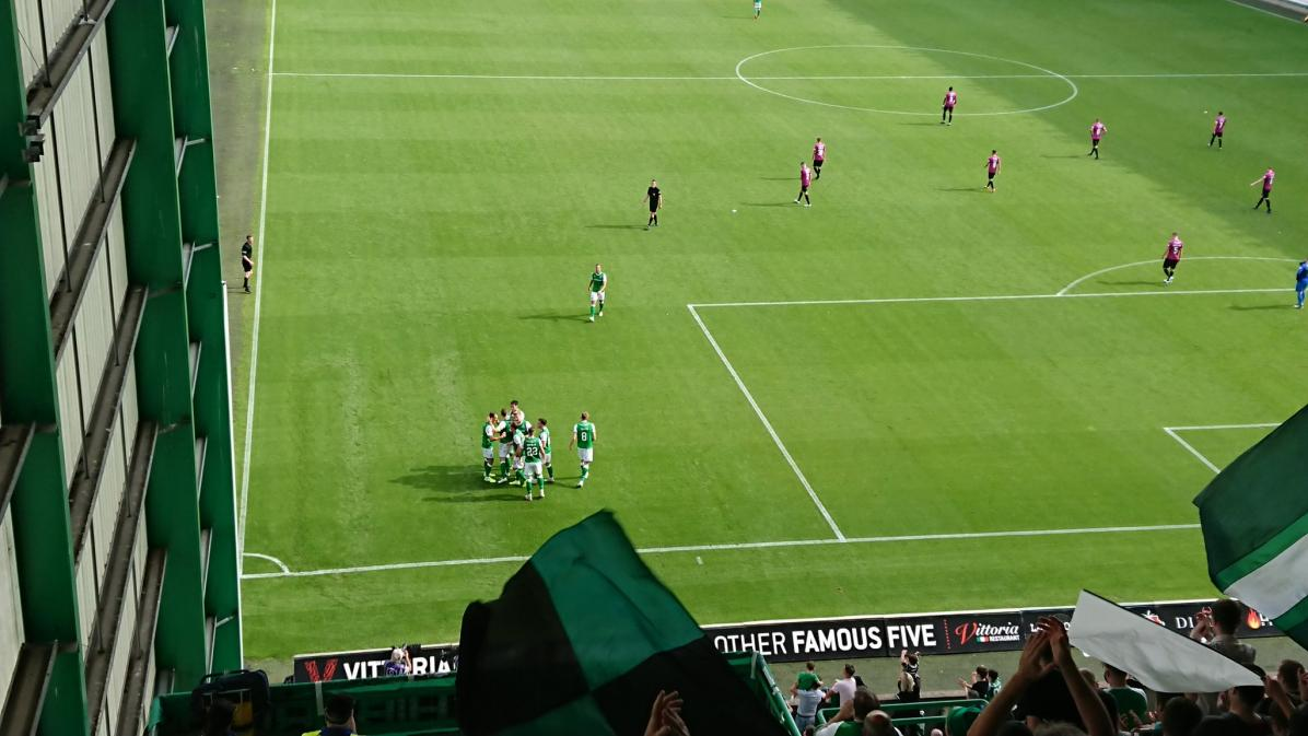 Name:  hibs goal stmirren.jpg Views: 29 Size:  94.7 KB